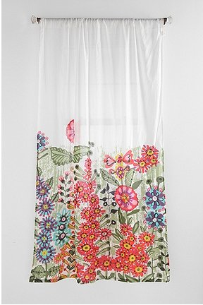 punchy shower curtains from urban outfitters michael penney style. Black Bedroom Furniture Sets. Home Design Ideas