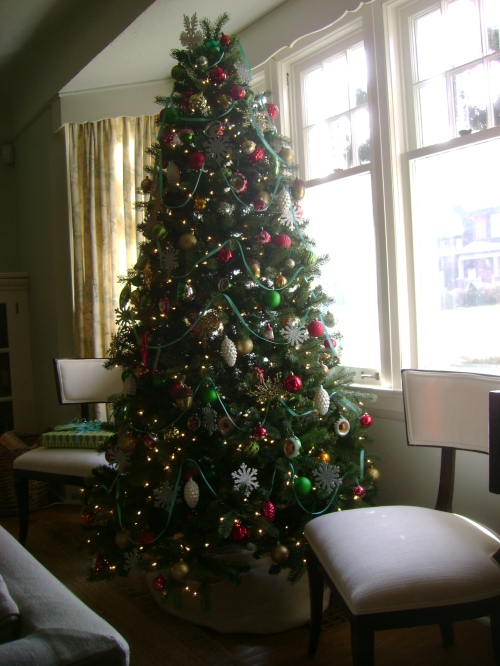Our tree decorated with vintage and new ornaments alike