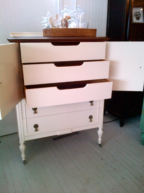 Penney & Co Vintage Highboy Dresser $
